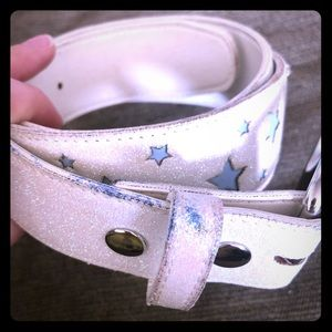 Hot Topic white starred sparkle belt